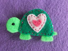 Green Turtle Felt Hair Clippie with Pink Heart Shell