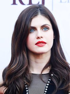 Alexandra Anna Daddario is an American actress. She is known for playing Annabeth Chase in the Percy Jackson film series, […] Hottest Female Celebrities, Hollywood Celebrities, Beautiful Celebrities, Hollywood Actresses, Celebs, Hollywood Girls, Hollywood Actor, Charlotte Casiraghi, Beautiful Eyes