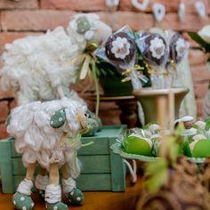 Resultado de imagem para chá de bebe menino ovelha verde