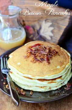 Maple Bacon Pancakes | from willcookforsmiles.com | #pancakes #maple #bacon
