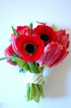 bridesmaid-bouquet-tulips-diy-bright
