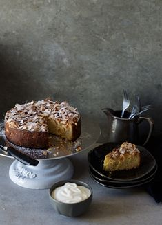 Sticky Toffee Pudding Cake, Tooth Cake, Afternoon Tea Cakes, Rich Cake, Raspberry Cake, Artisan Food, Moist Cakes, Almond Cakes, Breakfast Dessert