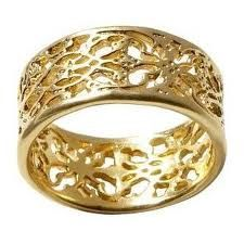 Lace ring band- stunning!