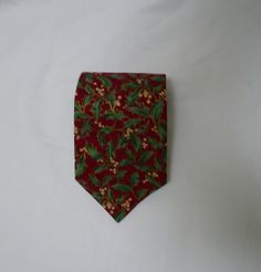 Christmas mistletoe red cotton novelty tie,  with green leaves, white berries n…
