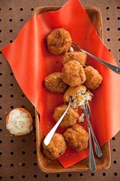 Cajun Seafood Balls by Paula Deen. Looooove her! Creole Recipes, Cajun Recipes, Seafood Recipes, Appetizer Recipes, Cooking Recipes, Seafood Appetizers, Party Appetizers, Party Recipes, Fish Recipes