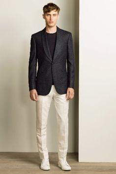 Gieves & Hawkes - Spring 2016 Menswear - Look 26 of 27 Fashion Week Hommes, Mens Fashion Week, Mens Fashion Suits, Look Fashion, Mens Suits, Spring Fashion, Fashion Design, Gq, Vogue Paris