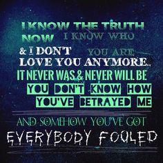 Evanescence - Everybodys Fool. Lyrics.