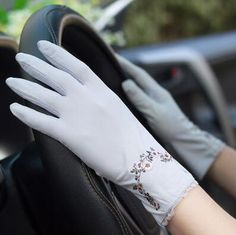 Online Shop Spring and summer women's Lace sunscreen gloves lady's anti-uv slip-resistant driving gloves girls sexy lace gloves Cotton Gloves, Lace Gloves, Off Spring, Elegant Gloves, Gloves Fashion, Vintage Gloves, Wedding Gloves, Driving Gloves, Ethnic Wear Designer