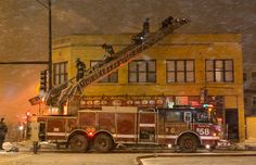 Chicago FD Truck 58 At Working Fire.
