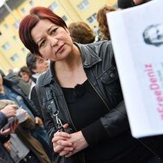 Ilkay Yücel attends vigil in solidarity with brother Deniz Yücel in Floersheim