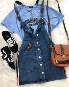 How to wear fall fashion outfits with casual style trends Teen Fashion Outfits, Mode Outfits, Cute Fashion, Look Fashion, Outfits For Teens, Korean Fashion, Fall Outfits, Summer Outfits, Fashion Teens