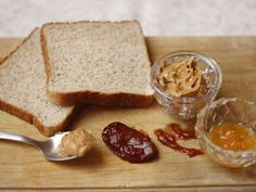 Peanut Butter & Jelly Sandwich with Chipotle - QueRicaVida.com