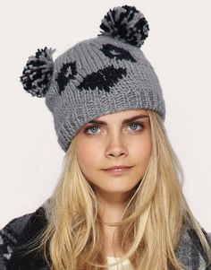 I am a BIG fan of Panda's and have been for some time now. I've spotted a very cute Panda beanie from ASOS . Bonnet Panda, Winter Wear, Winter Hats, Knit Crochet, Crochet Hats, Crochet Flower Tutorial, Bear Face, Cute Panda, Cute Hats