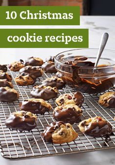 10 Christmas Cookie Recipes – There are lots of ways to make Christmas merry—and making edible homemade gifts of Christmas cookies is one of the sweetest! Plus, Santa is sure to appreciate every delicious bite. Cookie Desserts, Holiday Desserts, Holiday Baking, Holiday Treats, Just Desserts, Holiday Recipes, Cookie Recipes, Delicious Desserts, Dessert Recipes