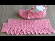Kış aylarında kendimizi soğuktan korumak en çok dikkat ettiğimiz konular a… – Uñas Coffing – Maquillaje – Peinados – Moda – Zapatos – Moda masculina – Maquillaje de ojos – Trenzas – Vestidos – Trajes casuales – Moda Emo – Uñas acrílicas – Piercings – Uñas Knitting Socks, Free Knitting, Baby Knitting, Crochet Shoes, Knit Crochet, Creative Knitting, Lace Knitting Patterns, Hand Knit Scarf, Knitted Slippers