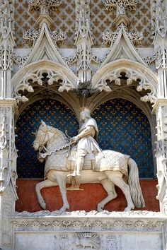 The statue of Louis XII in the #castle of Blois.