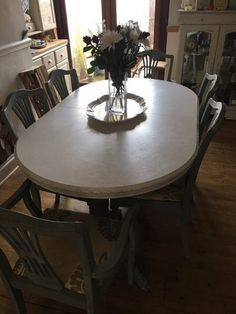 Extandable dining table and 6 chairs Top needs a repaint  The main bit has  beenSchreiber Chalbury 6 8 Seater Extendable Dining Table with 6  . Adaline Walnut Extendable Dining Table And 6 Chairs. Home Design Ideas
