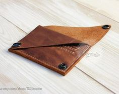 Leather wallet woman coin pocket wallet slim wallet by DiGeordie Pocket Wallet, Slim Wallet, Minimal Wallet, Leather Card Wallet, Wallet Pattern, Wallets For Women Leather, Look Vintage, Credit Card Wallet, Leather Projects