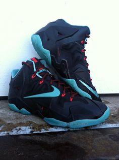 Nike LeBron 11 - Black/Crimson-Jade (3)