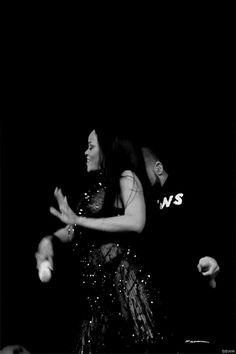 """Rihanna and Drake performing """"Work"""" on the ANTI World Tour"""
