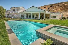 Celebrity Homes Kylie Jenner Stunning Hidden Hills Home | #celebrityhomes #celebritynews #celebrityhouses | See also: http://www.celebrityhomes.eu/