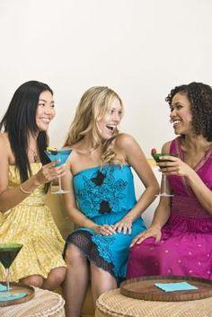 Juegos divertidos para reuniones de mujeres cristianas | eHow en Español