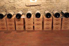 Smaksfryd: RIMELIGE RØDVINER TIL RUNDT 100 KRONER Wine Facts, Kroner, Storage, Home Decor, Purse Storage, Decoration Home, Room Decor, Larger, Home Interior Design