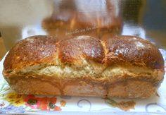 vous allez me dire, encore une brioche et bien oui!! sa arrange bien les petits déjeuner. recette trouvé sur le blog de fanny et un peu modifié a ma façon! recette au thermomix. http://fanny-ron.skyrock.com ingrédients: 2 oeufs 130gr de lait 1cà café...