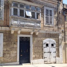 Doors and windows of Malta