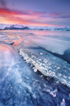 Sunset over Jökulsárlón Glacier Lagoon, South Coast
