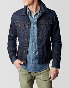 We tamed the wild, wild west in this rendition of the classic western jacket. The Danny is a slim fit denim jacket with a refined shoulder yoke. Mens Smart Casual Outfits, Men Casual, Denim Jacket Men, Denim Jackets For Men, Men's Denim, Men Shorts, Estilo Bad Boy, Mens Clothing Styles, Outerwear Jackets