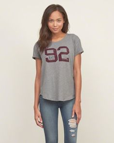 Womens - Graphic Tees Tops | Abercrombie.ca
