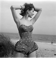 1952 LIFE Magazine - Photo by Nina Leen
