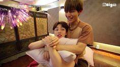 "Watch: BTS's V Holds Kim Min Jae During Painful Massage on ""Celebrity Bromance"" Korean Drama Movies, Korean Actors, Korean Dramas, V Hwarang, Kpop, Best Kdrama, Korean K Pop, Seo Joon, Drama Korea"