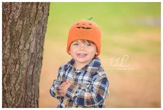 albany child photographer fall photo www.tuleafphotography.com #albanychildphotographer #tuleafphotography #fallphoto