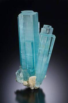 Beryl var.Aquamarine - Shigar Valley, Gilgit-Baltistan, Pakistan