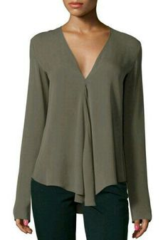 Shop Army Green V Neck Long Sleeve Loose Blouse online. SheIn offers Army Green V Neck Long Sleeve Loose Blouse & more to fit your fashionable needs. Cute Blouses, Plus Size Blouses, Blouses For Women, Ladies Blouses, Cheap Blouses, Shirt Bluse, Chiffon Shirt, Chiffon Fabric, Mode Vintage