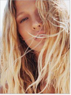 Cheveux: tendances printemps-été à adopter - Belle et Féminine