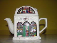 Wade English Life ''Polly's Tea Cafe'' tea pot