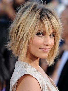15 Short Hair Cuts That Scream CHIC (Not MOM)!    The Shab   As in part shag, part bob - which is how Diana Agron (of Glee) describes her hair to Cosmo magazine. Apparently she uses a little volume mousse and dry shampoo before letting it air dry. (Easy!)