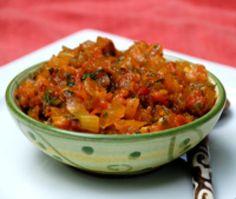 Hogao - Colombian Tomato and Onion Sauce - Marian Blazes Colombian Dishes, Colombian Cuisine, Latin American Food, Latin Food, Barbacoa, Columbian Recipes, Herring Recipes, Sauce Recipes, Cooking Recipes