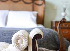 Maison Des Amis | Porto Guest House Bed Pillows, Pillow Cases, House, Porto, Amigos, Pillows, Home, Haus, Houses