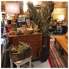 Vignettes, Entryway Tables, Rust, Shop, Furniture, Home Decor, Decoration Home, Room Decor, Home Furnishings
