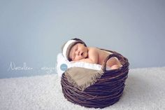 SImple baby hat with wide stripe