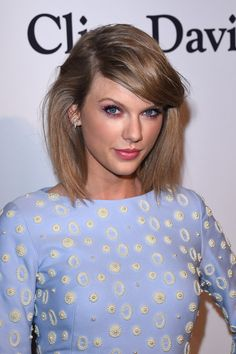 """I just can't even with how much I love TayTay - Taylor Swift Gave A Fan Breakup Advice And A """"Moving On"""" Playlist"""