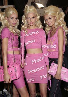 Moschino loves Barbie (and so do I) 2000s Fashion, Fashion Show, Pink Fashion, Fashion Outfits, Glitter Fashion, Barbie Dream, Everything Pink, Pink Outfits, Mean Girls
