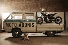 """From an old factory in the Dutch city of Roosendaal, Daan Borsje and his team at Moto Adonis share a common purpose of """"building awesome vintage bikes"""". Cafe Racer Helmet, Cafe Racer Girl, Cafe Racer Bikes, Cafe Racer Motorcycle, Motorcycle Helmets, Custom Motorcycles, Cars And Motorcycles, Vw Doka, T3 Vw"""