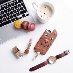 "Nikita Wong on Instagram: ""Late night desk details. Watch @klasse14 #flatlay #mode #yummy #macarons #makeup #beauty #style #flatlay #meetmeinparee"""