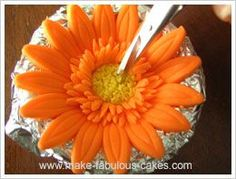 Amazing tutorials on how to make flowers from fondant or clay