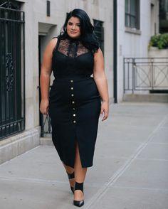Plus fashion, plus size womens clothing, size clothing, looks plus size, . Big Size Fashion, Plus Size Fashion For Women, Curvy Women Fashion, Plus Fashion, Womens Fashion, Fashion Fashion, Unique Fashion, Fashion Online, Work Fashion